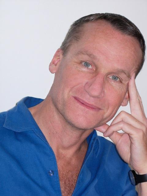 Andrei Makine(P)